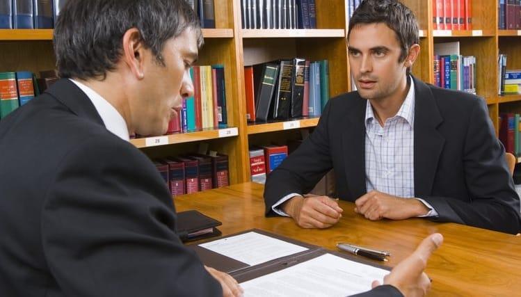 مسؤولية المحامي